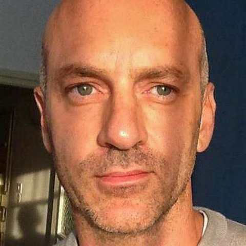 Single hard working man hoping to find just one good woman who is understanding maybe looking for a friend first. Willing to look  ... paddy283 är en singel man från Stockholm, Stockholm. Hitta kärleken - se dating profil på VIPdaters.se